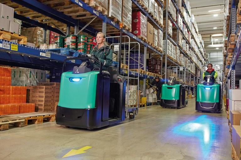 Ideales para el traslado y la manipulación cómoda de las mercancías entre las estanterías y las zonas de recepción y expedición.